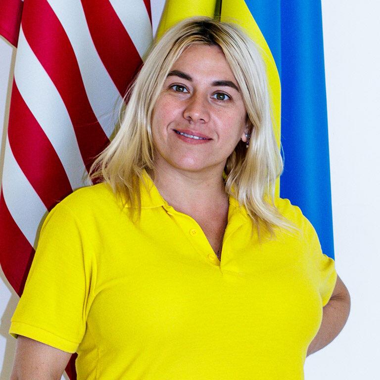 Пані Наталя (вчитель початкових класів)